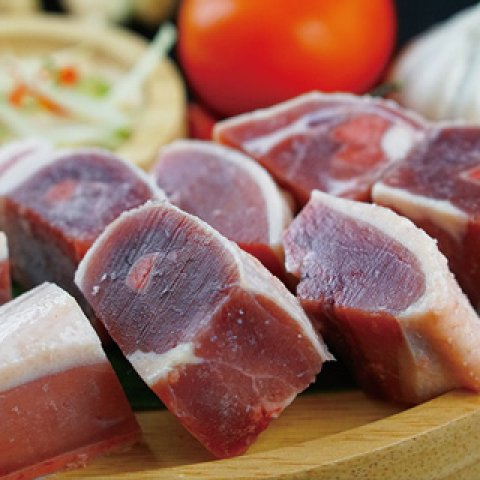 生鮮鴨肉塊